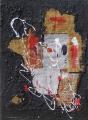 Composizione nera di sacchi e giornale