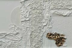Trucioli bianchi, quarzo e stoffa
