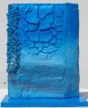 Scultura azzurra lato a